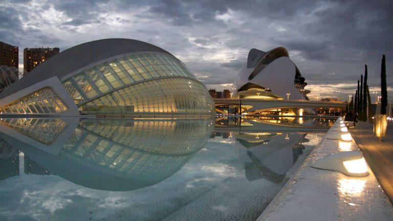 La citta delle Arti e Scienze - Valencia